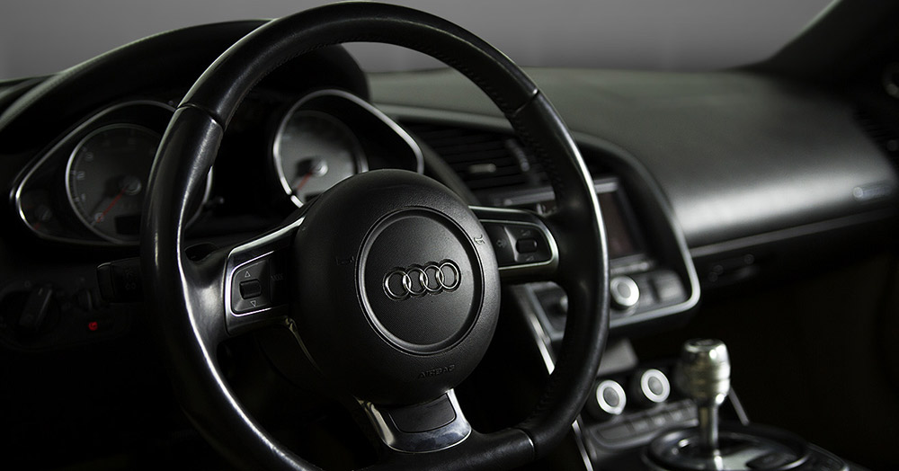 Audi R8 V8 inside steering wheel views