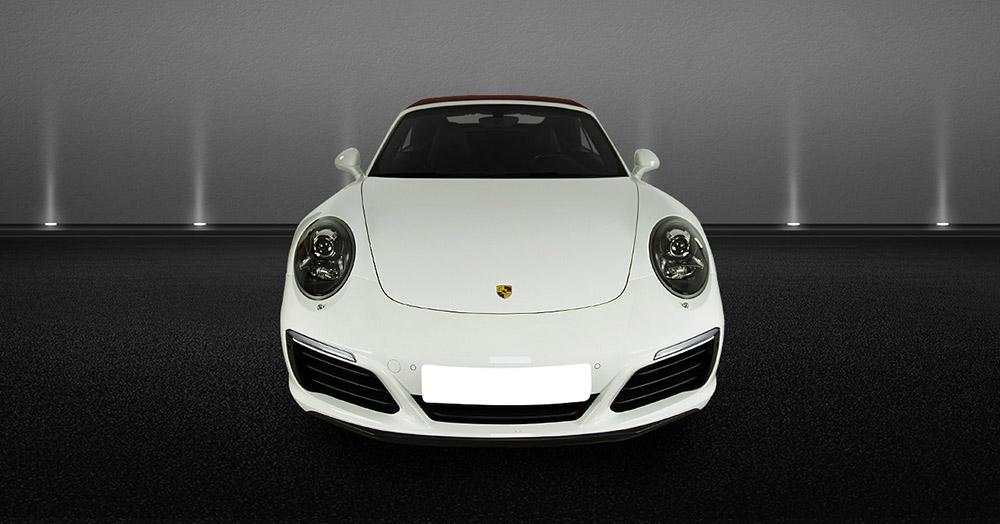 Porsche 911 Cabrio front view